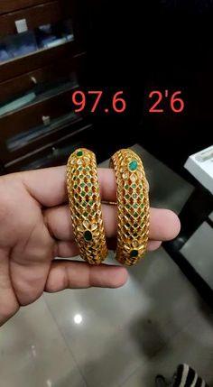 Silver Wedding Jewelry, Silver Jewellery Indian, Golden Jewelry, Indian Wedding Jewelry, Gold Bangles Design, Gold Jewellery Design, Silver Bangles, Silver Earrings, Hand Jewelry