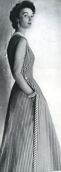 This awesome 50s stripe dress has pockets!