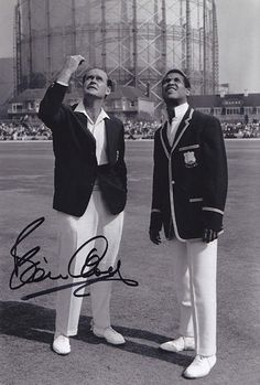 • HAND SIGNED 12x8 PHOTO *CRICKET* 1966 BRIAN CLOSE …http://cheap-electronic-deals-lovely-items.newoffers.info/buy/01/?query=381386397901 …