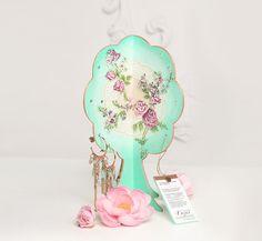 Earring Display Organizer / HandPainted Jewelry di Deasatelier, $29.50