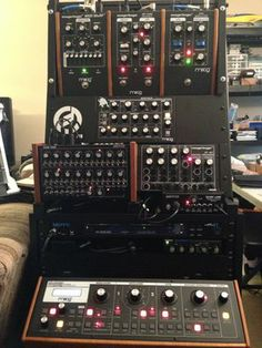 Moogerfooger modular rack