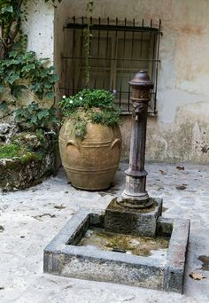 Villa Rufolo, Ravello, Italy Italian Villa, Sorrento, Amalfi Coast, Tuscany, Fountain, Ravello Italy, Dice, Villas, Places