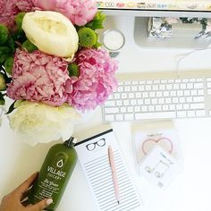 On my desk today: @villagejuicery 'be green' juice x #ssprintshop 'work it' notepad sample (coming soon) x @happyplugs & only a few more hours until #VictoriaDay long weekend begins!