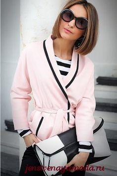 Стильный розовый цвет в одежде.