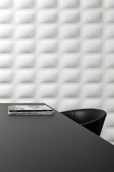 The plain old walls are being washed away into a new dimension. The all new bamboo wall panels are bringing on a futuristic and stylish touch to home Corporate Office Design, Corporate Interiors, Leather Wall Panels, Saint Martha, Bamboo Wall, Interior Minimalista, 3d Wall Panels, Old Wall, Happy House
