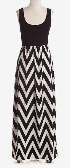 Black & White Empire-Waist Maxi Dress              Gonna see if mom could make this for me with more of an empire waist...love it.