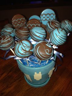 Cake pops for a baby shower