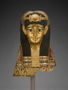humanoidhistory:  Mummy Head Cover, Egypt, Roman Period, 1st century B.C. (Art Institute of Chicago)