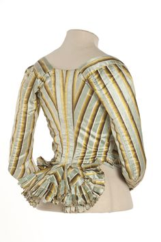 Columbine Pierrot Jacket and Petticoat, 1780 – Mode für Frauen 18th Century Stays, 18th Century Dress, 18th Century Costume, 18th Century Clothing, 18th Century Fashion, Historical Costume, Historical Clothing, Drag Clothing, Corsage