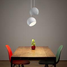 Great  Nyta erfreut mit einstellfreudiger Leuchte ordern Sie Ihre Nachttischleuchte Esszimmerlampe u Spot f r jeden Raum im ikarus udesign shop