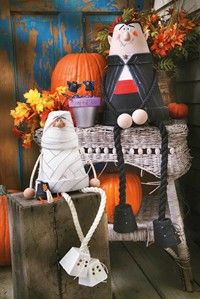 This #halloween duo will be a hit this Fall!  Click for free patterns and instructions!