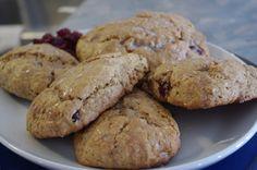Lassy Scones with Cranberries – Newfoundland Recipes Fun Baking Recipes, Great Recipes, Cookie Recipes, Favorite Recipes, Canadian Cuisine, Canadian Food, Newfoundland Recipes, Rock Recipes, Cranberry Recipes