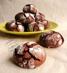 Crinkles: soft chocolate cupcakes - divers petits biscuits - Healt and fitness Desserts With Biscuits, Köstliche Desserts, Chocolate Desserts, Delicious Desserts, Biscuit Cupcakes, Biscuit Cookies, No Sugar Foods, No Cook Meals, Love Food