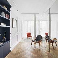 Апартементы в Барселоне по проекту дизайнераМириам Баррио. #interior #elledecorationru #decor