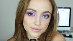 Iridescent Purple and Blue | Easy Eye Makeup For Green Eyes | Makeup Tutorials Guide
