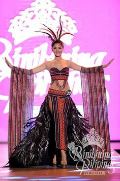 BINIBINING PILIPINAS - Filipino Women Clothe By Top Fashion Designers Ladies with beauty and brains. Smart, elegant, confidently beautiful inside and out. beautiful with a heart. Modern Filipiniana Gown, Philippines Culture, Philippines Dress, Filipino Fashion, Best Online Clothing Stores, Tribal Costume, Filipino Tribal, Filipino Culture, Affordable Dresses