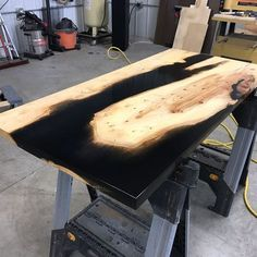 Copy these wood and eopxy dining room tables. Thirty five unbelievable wood and epoxy dining room tables you need to have. Feed your design ideas now.