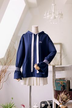 Find Strong Woman Do Bong Soon Clothes for an affordable price Park Bo Young, Strong Girls, Strong Women, Do Bong Soon Fashion, Hijab Outfit, My Outfit, Strong Woman Do Bong Soon, Cozy Winter Outfits, Blue Hoodie