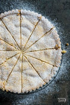Taart van zachte amaretti en perzik – recept
