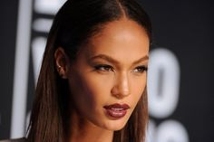 Joan Smalls makeup