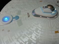 Pretty blue engineering skylight of the Constitutuion II class Federation Star Fleet ships. Star Trek Models, Sci Fi Models, Star Trek Tos, Star Wars, Deep Space 9, The Enemy Within, Starship Enterprise, Star Trek Universe, Star Trek Ships