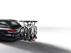 Mercedes-Benz Accessories, Zubehör E-Klasse: Komfortabler, abschließbarer Heckfahrradträger für wahlweise 2 bzw. 3 Fahrräder zur Montage auf der Anhängevorrichtung.