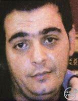 L'auto bruciata a Belpasso - Massimiliano Biondi, 32 anni, è scomparso da Belpasso il 29 maggio 2010. L'uomo, padre di due bambini, dopo aver perso il lavoro a Torino, dove ha lasciato la moglie e le sue due figlie, era tornato in paese, a casa dei genitori, improvvisandosi venditore porta a porta di abbigliamento. Quel 29 maggio, dopo aver augurato buon pranzo alla moglie, telefonandole alle 13.30, di lui si è persa ogni traccia. Poche ore dopo i carabinieri hanno ritrovato l'auto vuoya