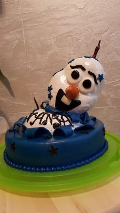 Olaf wishs you a happy birthday :-) Olaf, Happy Birthday, Cake, Desserts, Food, Galaxies, Pies, Happy Brithday, Tailgate Desserts