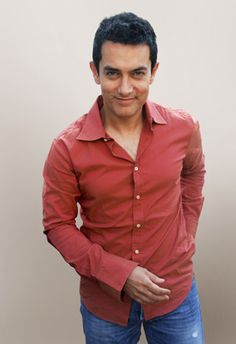 Aamir Khan..I know, Lagaan is like one of 3 movies my American butt has seen him in..but I can still think he's a good looking specimen of a man..