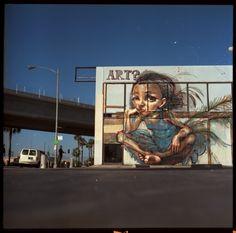 Herakut Graffity.  Féstival de arte urbano en Ciudad de México