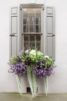 Get inspired by these DIY window box ideas for fall that you can easily build fo. Get inspired by these DIY window box ideas for fall that you can easily build for your own home using basic tools and lo. Garden Types, Diy Garden, Balcony Garden, Garden Ideas, Garden Planters, Fall Planters, Plants For Planters, Plants For Hanging Baskets, Backyard Plants