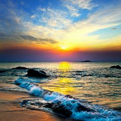 friday - solamente una vez - Photographic Print: Colorful Sunset over the Sea by Muzhik : Amazing Sunsets, Amazing Nature, Sunset Pictures, Nature Pictures, Colorful Pictures, Beautiful Sunrise, Beautiful Beaches, Sunset Photography, Landscape Photography