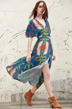 Abstract Print Plunging Neck Half Sleeve Dress $18.72