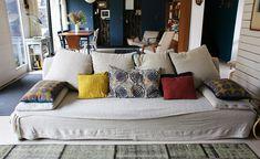 tapis en plastique africain relaxe et couleurs pinterest tapis plastique et nattes. Black Bedroom Furniture Sets. Home Design Ideas