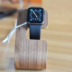 Obaly na iPhone a MacBook, Apple Watch náramky, Príslušenstvo Iphone 5s, Apple Watch, Macbook, Smart Watch, Watches, Leather, Accessories, Smartwatch, Wrist Watches