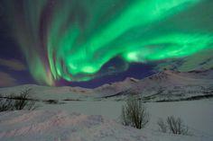 Noorderlicht bij Tromso, Noorwegen. Door communitylid marbraam - NG FotoCommunity © Upload zelf je mooiste foto's op www.nationalgeographic.nl/gebruiker/fotografie/foto/toevoegen