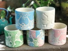 Ceramic Clay, Ceramic Pottery, Ceramics Projects, Mosaic Crafts, Sgraffito, Pottery Painting, Projects For Kids, Art Forms, Planters
