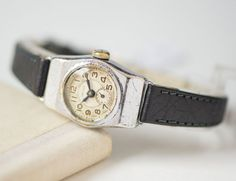 Mid century women's watch Star  lady's watch mechanical by 4Rooms