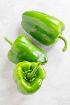 The Ancho Rachero pepper is a mild hybrid of the poblano chili pepper with medium-thick flesh. It is best for stuffing, roasting, or for Mexican cuisine. Types Of Chili Peppers, Yellow Chili Peppers, Poblano Chili, Roasted Capsicum, Capsicum Annuum, Pepper Seeds, Stuffed Poblano Peppers, Mexican Food Recipes, Keto Recipes