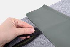 Tablethülle selber nähen, Gummi und Tasche aufnähen, Detail Artificial Leather, Tutorials, Bags