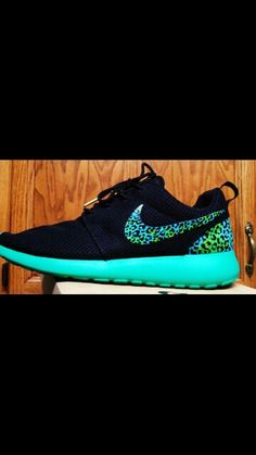 Blue and black cheetah roshes