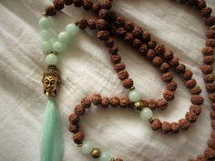 Charm- & Bettelketten - Kette Buddha Mala Jade mint gold boho Hippie - ein Designerstück von Qulaju bei DaWanda