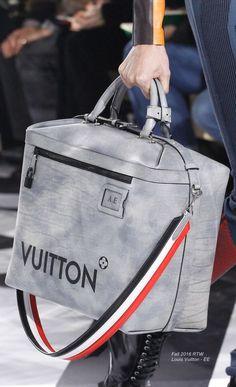 Fall 2016 Ready-to-Wear Louis Vuitton - EE: