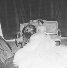 Shah Of Iran Wedding Pahlavi Dynasty, Farah Diba, Time Inc, Life Photo, Life Magazine, Art Google, Iran, Culture, Black And White