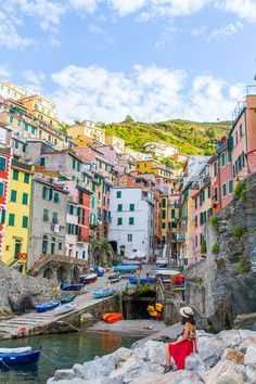 Riomaggiore travel diary. One of my favourite towns on the Cinque Terre.    See more on: http://www.kisforkani.com/2015/10/love-from-riomaggiore/