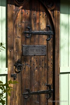 A nice thick wood front door!  Just what I want!
