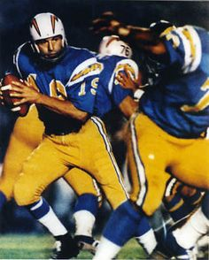 JOHNNY-UNITAS-UNSIGNED-SAN-DIEGO-CHARGERS-8X10-PHOTO-1