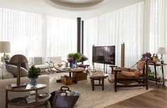 Decoração de: Sala de estar; tapete bege; Casa de Valentina