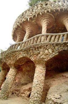 Park Güell / Barcelona / Spain by Antoni Gaudi Barcelona Architecture, Art And Architecture, Architecture Details, Ancient Architecture, Begur Costa Brava, Antonio Gaudi, Vita Sackville West, Parc Guell, Barcelona Catalonia