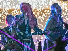 New Photos Of Jem And The Holograms - http://fandemoniumnetwork.com/photos-jem-holograms/